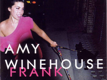 Альбом Эми Уайнхаус «Frank» впервые достиг третьего места в чарте Великобритании