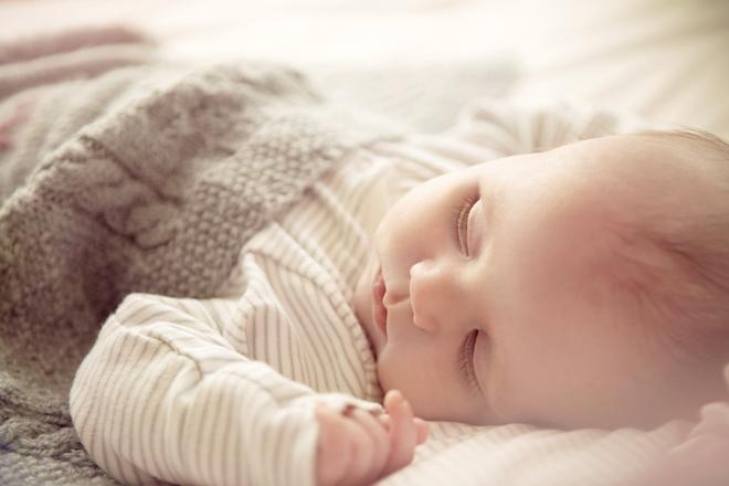 ребенок ночью просыпается каждый час