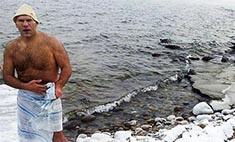 Крещение Байкалом: кто из звезд купался в озере