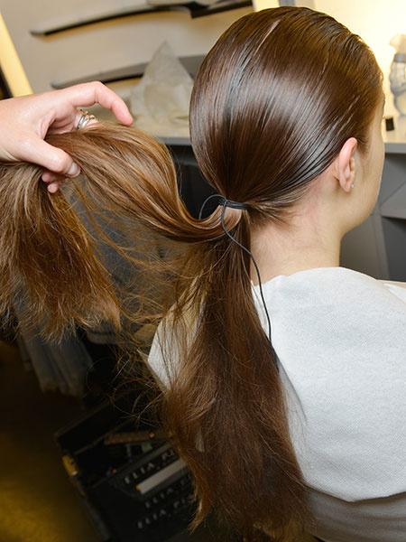 Прически на длинные волосы, фото