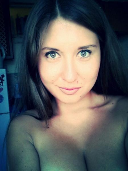 ochen-ochen-ogromnaya-grud-podborka-anal-orgazm-podryad