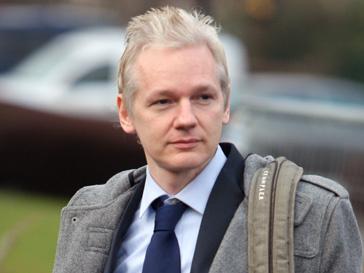 Джулиан Ассанж, WikiLeaks, Facebook, социальная сеть