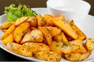 как сделать в духовке золотистую картошку