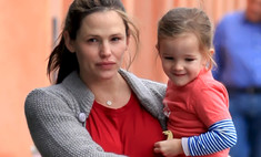 Дженнифер Гарнер жалеет, что поспешила выйти замуж до тридцати