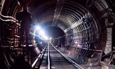 Свет в конце тоннеля: 6 пугающих легенд петербургского метро