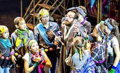 28 Маугли из каменных джунглей Челябинска – на сцене с Хабенским