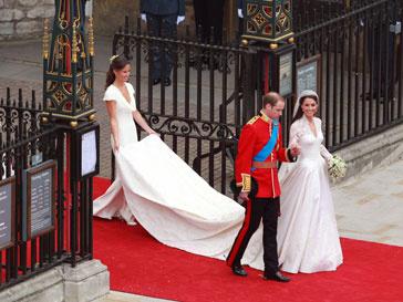 Тысячи британцев вели прямую трансляцию со свадьбы принца Уильяма в «Твиттере»