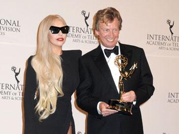 Леди ГаГа (Lady GaGa) пришла поддержать своего друга продюсера Найджела Литгоу (Nigel Lythgoe)
