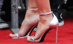 Звезды, которые не умеют носить туфли на каблуке: фото