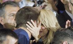 За что Шакира наградила Жерара Пике страстным поцелуем?
