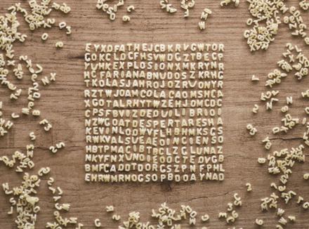 Буквы на столе