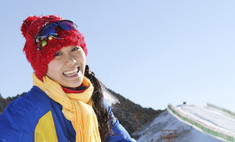 Покорительницы вершин: лыжные костюмы для женщин