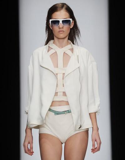 Mercedes-Benz Fashion Week: CoSTUME NATIONAL, весна-лето 2012