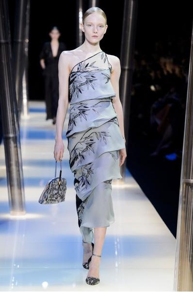 На Неделе высокой моды в Париже прошел юбилейный показ Giorgio Armani Prive | галерея [2] фото [24]