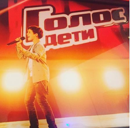 Кирилл Скрипник во время слепых прослушиваний третьего сезона шоу «Голос.Дети»