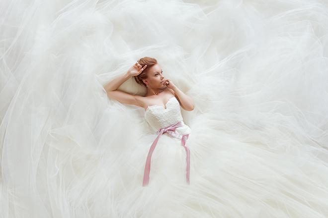 Секс в свадебних плаття