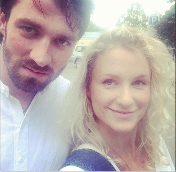 Катя Гордон с другом