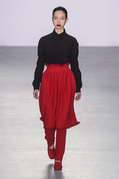 Самые красивые образы Недели моды в Лондоне | галерея [1] фото [68]