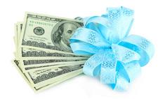 Необычные способы вручения денежного подарка