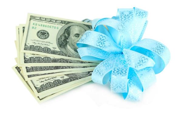 Как дарить деньги