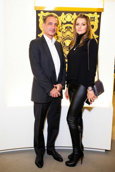 Селебрити на презентации осенней коллекции Versace   галерея [1] фото [5]