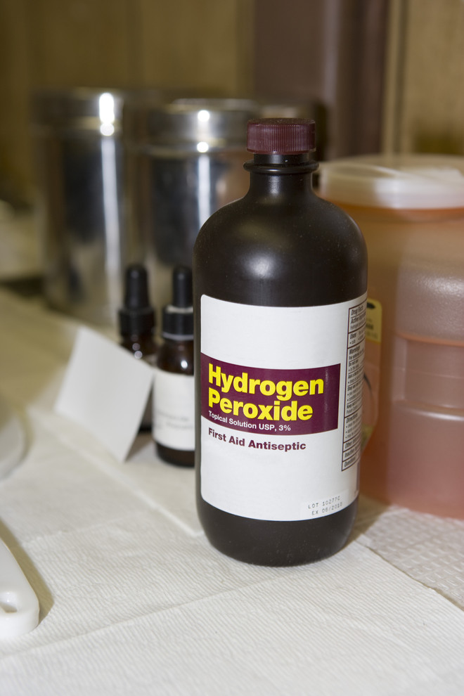 перекись водорода от серных пробок