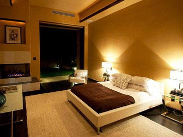 Спальня в особняке Рианны