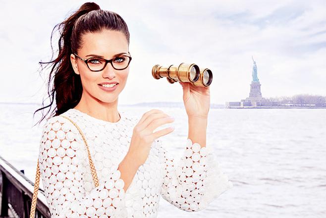Адриана Лима в рекламной кампании Vogue Eyewear осень-зима 2016