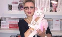Защитники животных покрасили Ленину в розовый цвет