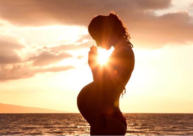 Беременные в церкви
