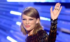 Тейлор Свифт появилась на публике в мужских трусах