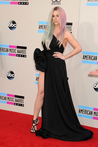 Kesha на AMA-2013