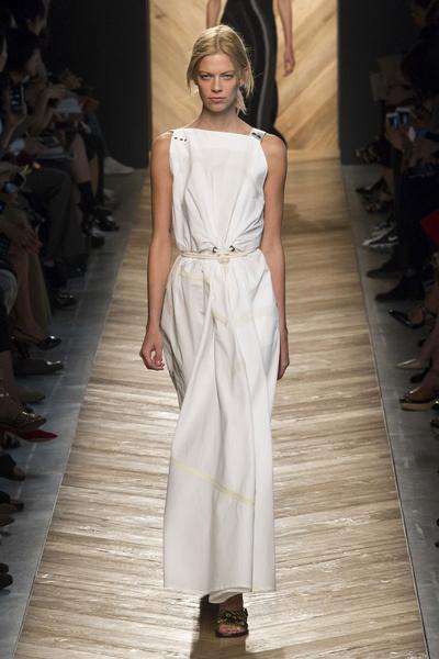 50 лучших платьев Недели моды в Милане | галерея [1] фото [23]