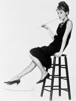 """Героиня Одри Хепберн из """"Завтрака у Тиффани"""" стала настоящей иконой стиля"""
