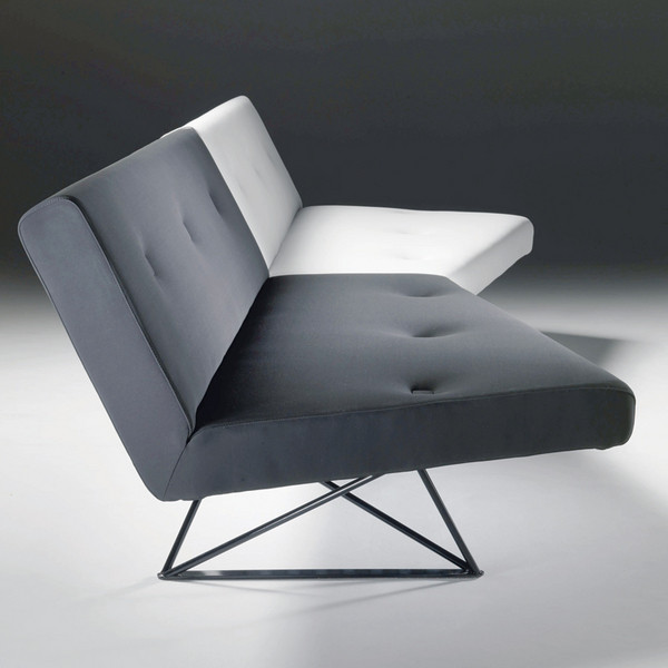 Диван Le Club. Производитель: Meritalia. Дизайн: Алессандро Педретти (Alessandro Pedretti) – Italo Rota & Partners.