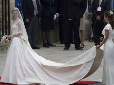 Платье Кейт Миддлтон (Kate Middleton) выставят на всеобщее обозрение