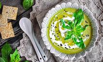 Велюте из шпината с горчичным маслом