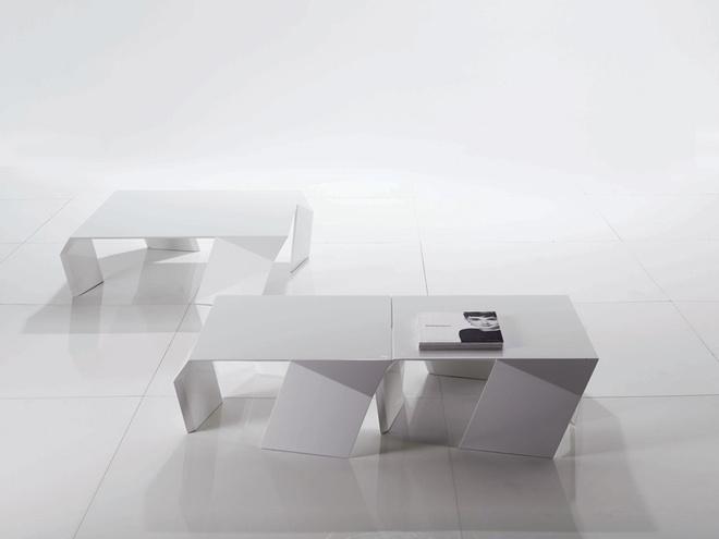 Журнальные столики Shine. Производитель: Désirée. Дизайн: Андреа Люкателло (Andrea Lucatello). Материал: полиуретан.