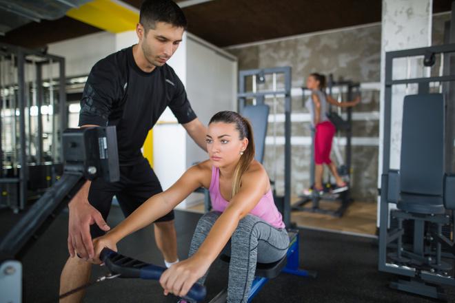 Гребной тренажер: какие мышцы работают при занятиях