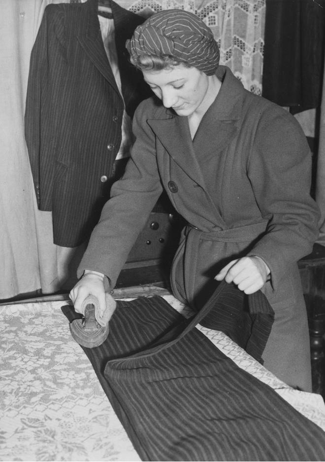как гладить стрелки на брюках