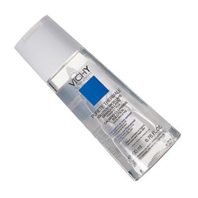 УспеваетМицеллярная вода Pureté Thermale, Vichy, способна удалить любые загрязнения, макияж с лица и глаз, успокоить и тонизировать кожу. При этом не оставляет и намека на свое пребывание на лице.