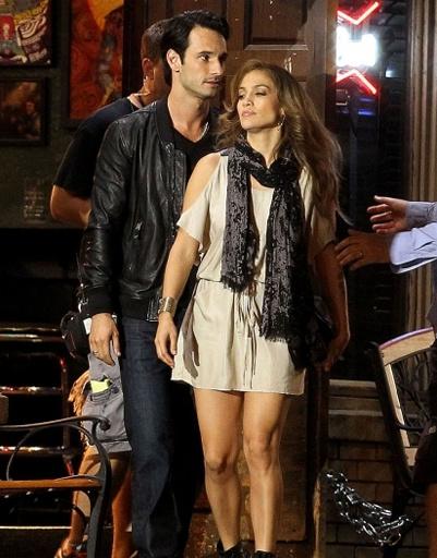 Кино-партнером Дженнифер Лопес (Jennifer Lopez) стал актер Родриго Санторо.
