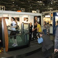Hydro Physio Lifestyle на выставках. Многие посетители захотели сами опробовать необычный фитнес