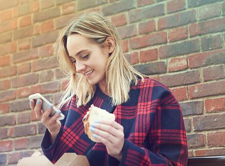 Как на нас влияет общение в социальных сетях?