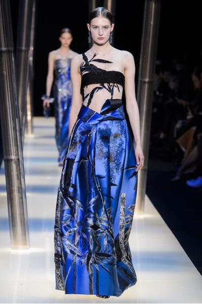 На Неделе высокой моды в Париже прошел юбилейный показ Giorgio Armani Prive | галерея [2] фото [3]