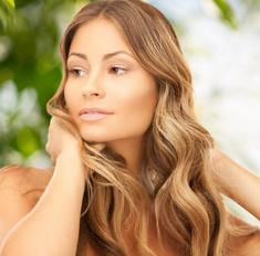 Положительное воздействие уксуса на волосы