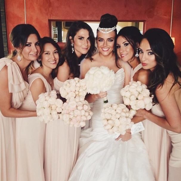 Вика Крутая и подружки невесты