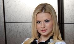 Анна Семенович примеряла меха в Чебоксарах
