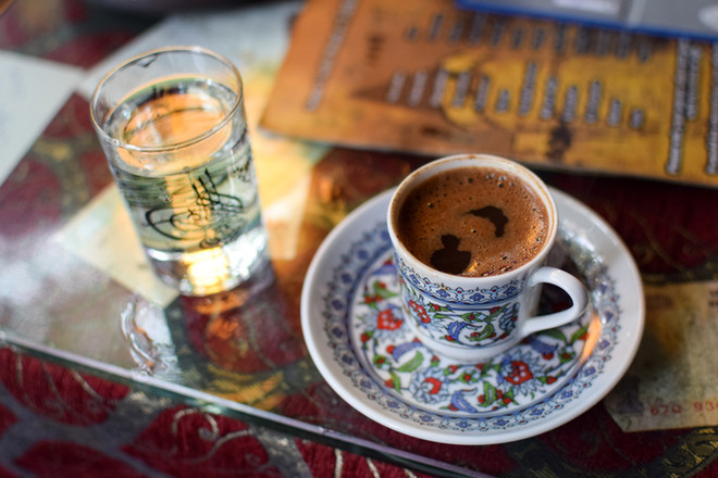 Больше кофе: как пьют бодрящий напиток в разных странах мира?
