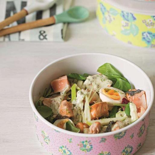 Салат с красной рыбой и фенхелем